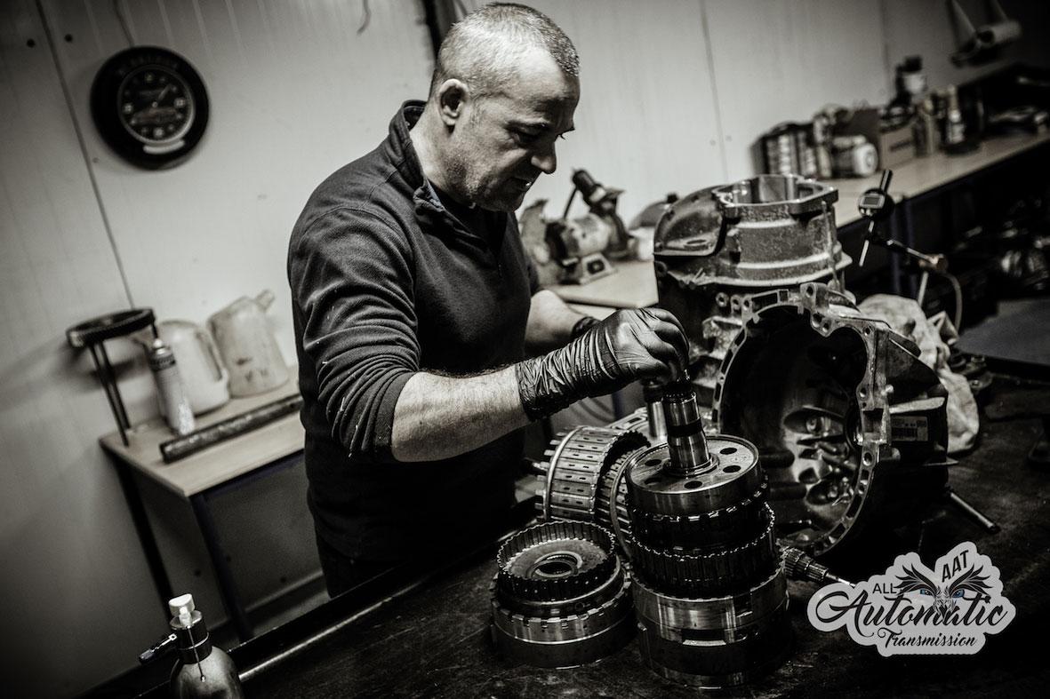 Sp cialiste en entretien et reconditionnement de boites for Garage reparation boite de vitesse